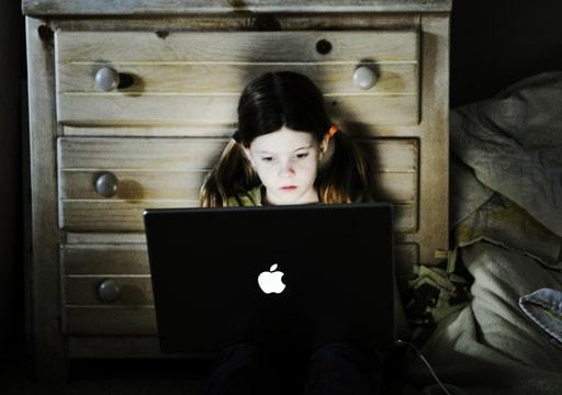 オンラインカジノと色々な社会問題