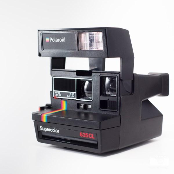 Aparat natychmiastowy Polaroid typu 600 Supercolor 635CL z tęczą