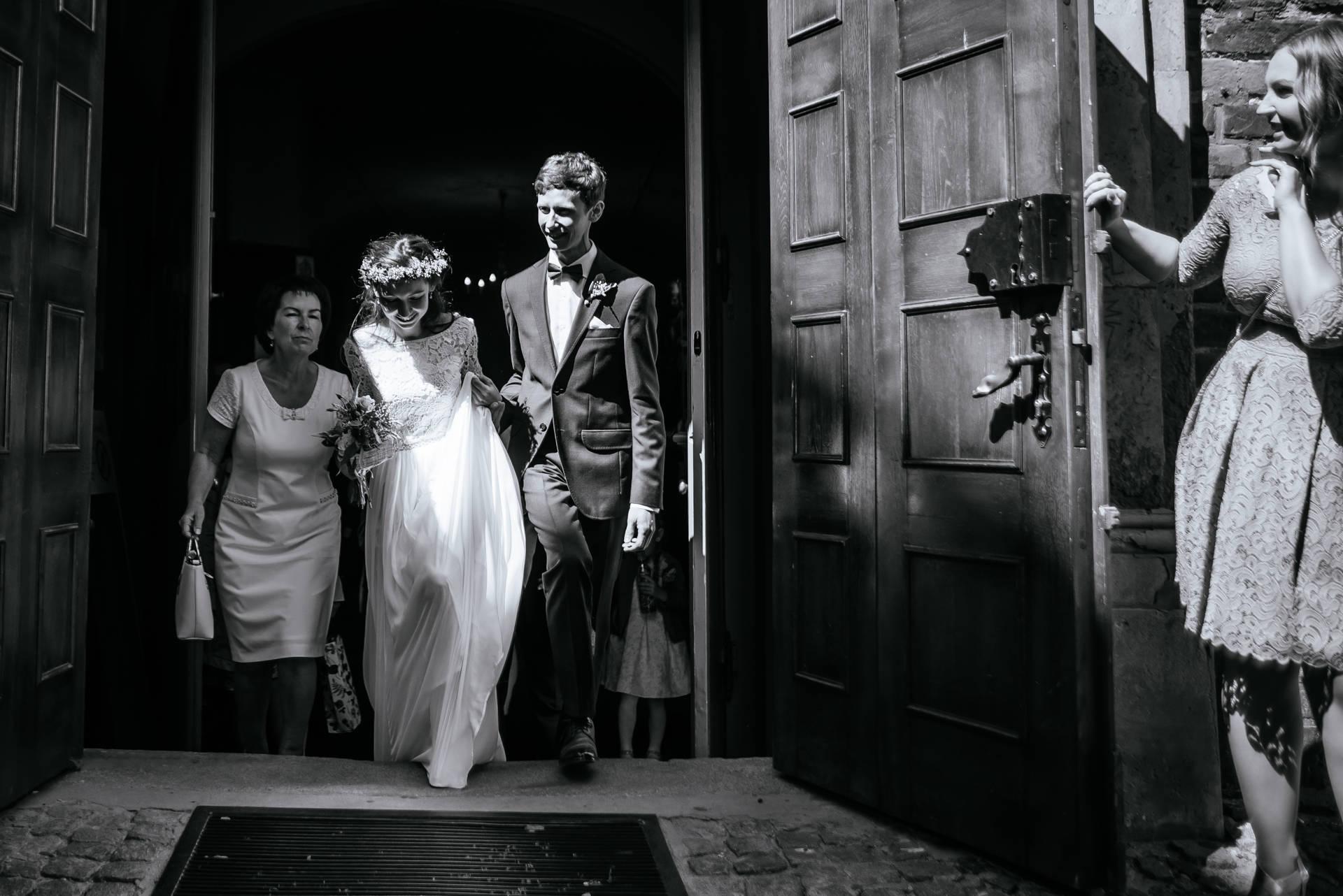 Fotografia ślubna Gdańsk - zdjęcia wykonane na ślubie i weselu w Gdańsku, w kościele św. Mikołaja u Dominikanów i w hotelu w Gdańsku Wrzeszczu