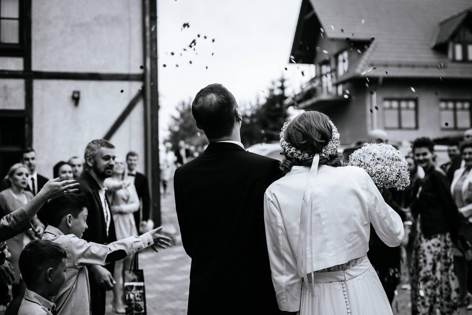 Fotografia ślubna Mikołajki - galeria ślubu kościelnego i wesela Magdy i Łukasza