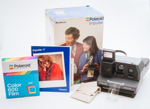 Aparat Polaroid 600 Impulse AF szary z pudełkiem i akcesoriami