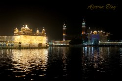 Splendidly lit up Golden temple.