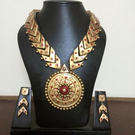 Golden & Red Necklace Set
