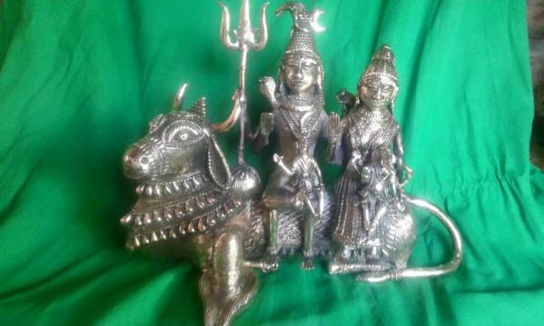 Meet-the-Master-Series-Shree-Ajay-Kumar-Dhokra-Craft-Chattisgarh-India-Aparna-Challu-jpg (1)