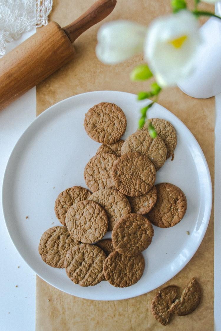 Канелени бисквити с ръж