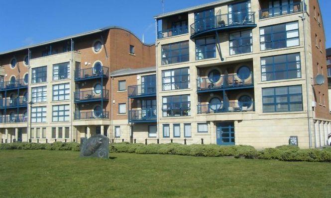 Apartment Mariners Wharf Newcastle Upon Tyne Book