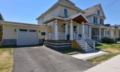 46 Queen Mary Street (Overbrook) - 2500$