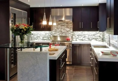 What Color Of Kitchen Cabinets For A Small Kitchen