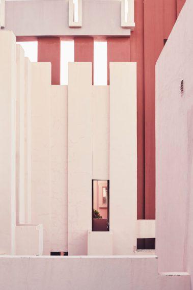 la_muralla_roja_calpe_alicante_spanish_modern_minimal_architecture_1