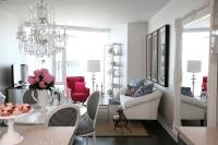 White, black and pink Decor | Apartments i Like blog