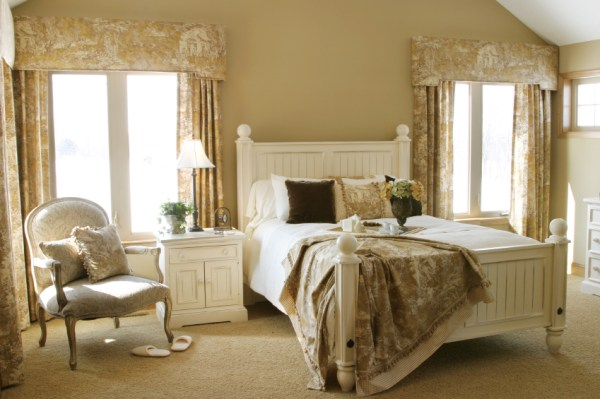 french country home bedroom French Country Bedrooms | Apartments i Like blog