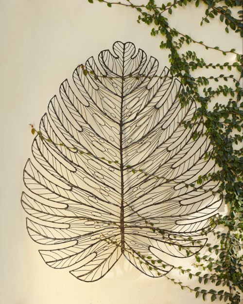 Giant-Metal-Leaf-Wall-Decor