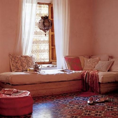 moroccan-make-over-diy-elegant-inspired-ethnic-decor-mediterranean-influence-open-low-seating-living-room