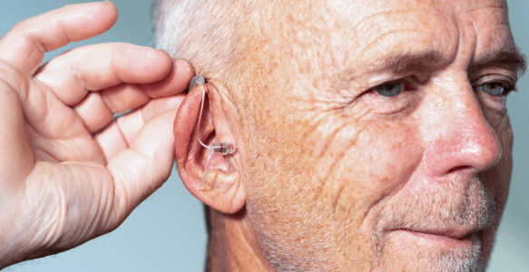 8 Reason to Get Hearing Aids