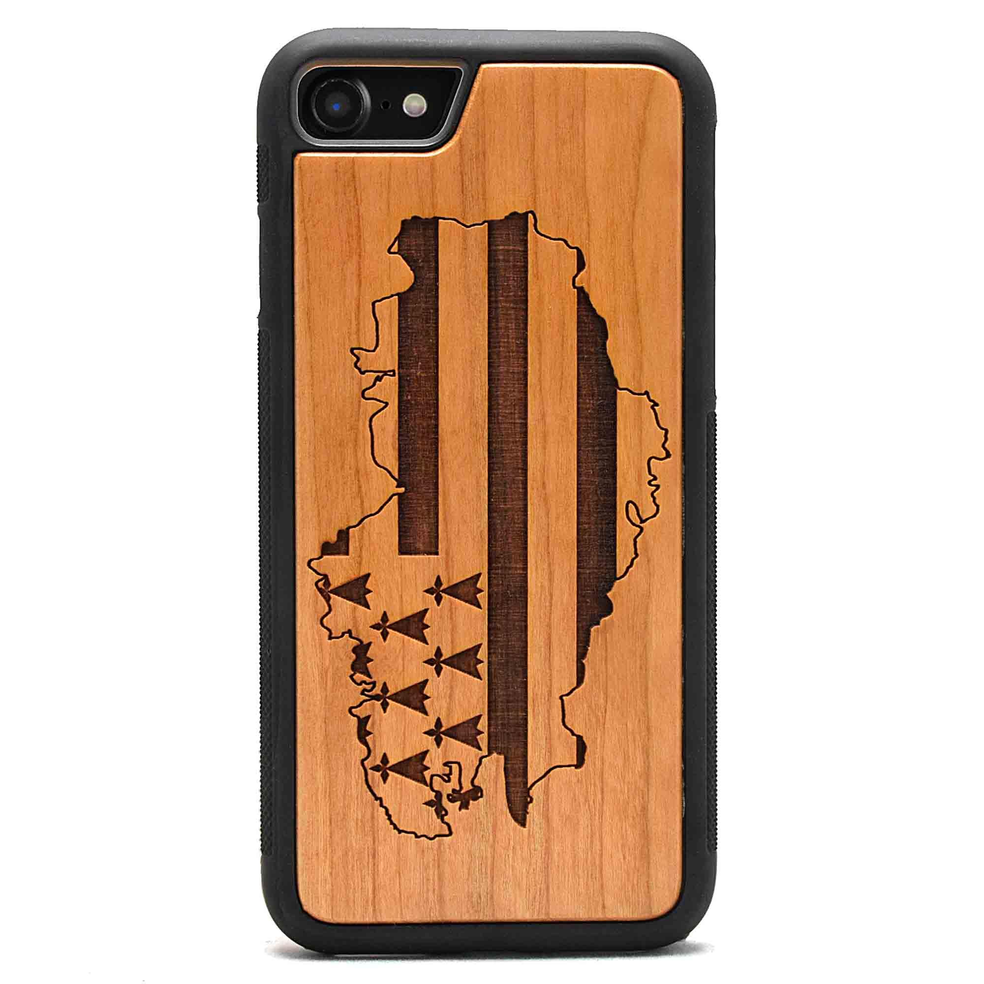 coque en bois iphone gravure drapeau region bretagne apdran