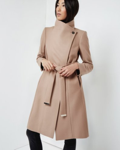 beige winter coat, long coats, chic style, what to wear