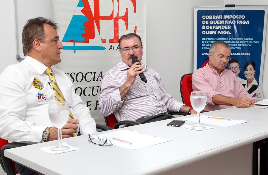 Debate APE - Cícero Almeida