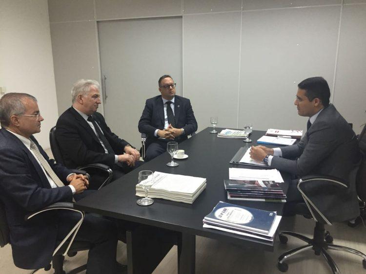 Reunião na Seplag com procuradores da APE