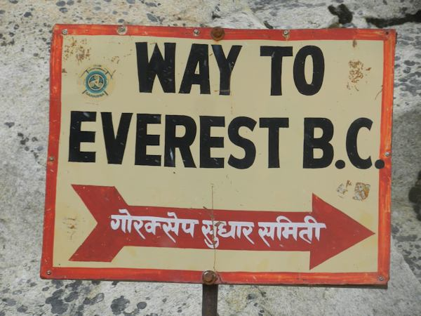 Sign to Everest Base Camp