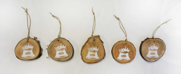 'Cleveland Snow Globe' in White on Wooden Ornament (Multiple Row)
