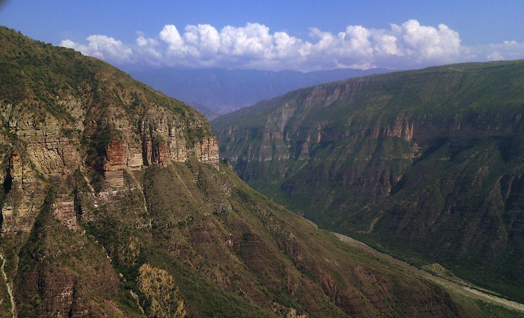 canion del chicamocha colombia