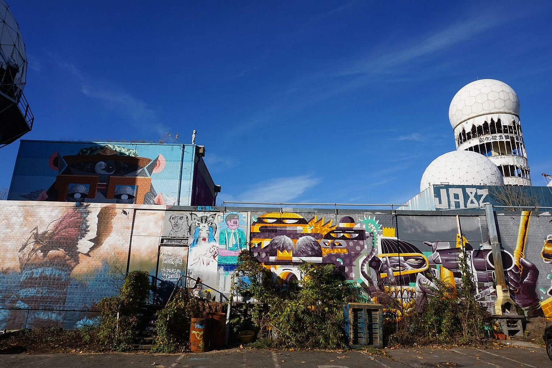 Visiting the Abandoned Listening Station of Teufelsberg in Berlin  Apenonicom