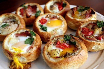 Customizable Breakfast Bread Bowls