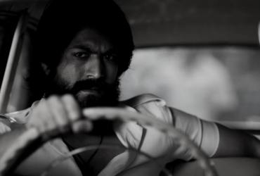 KGF Chapter 2 Full Movie Download In Hindi