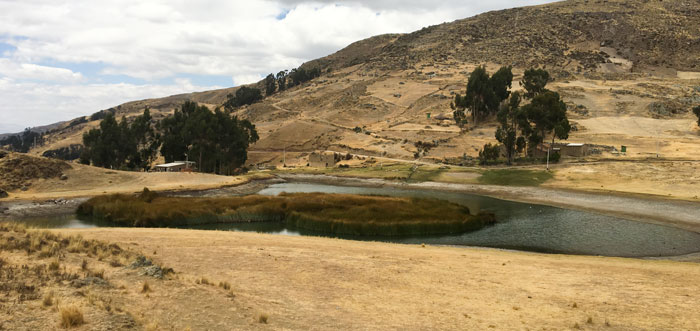 Lake Wilcacocha Hike – Affordable Day Trip to Lago Wilcacocha from Huaraz