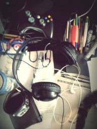 12.30 have to tidy my desk it is a mess #1day12pics Made with #Pixlr