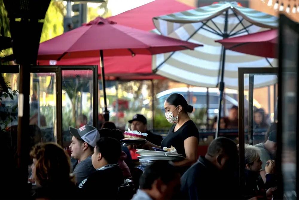 Los restaurantes se están volviendo a enfocar en la comunidad