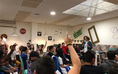 Los jóvenes de Torrent transmiten a Amparo Folgado sus ideas y propuestas para mejorar la ciudad