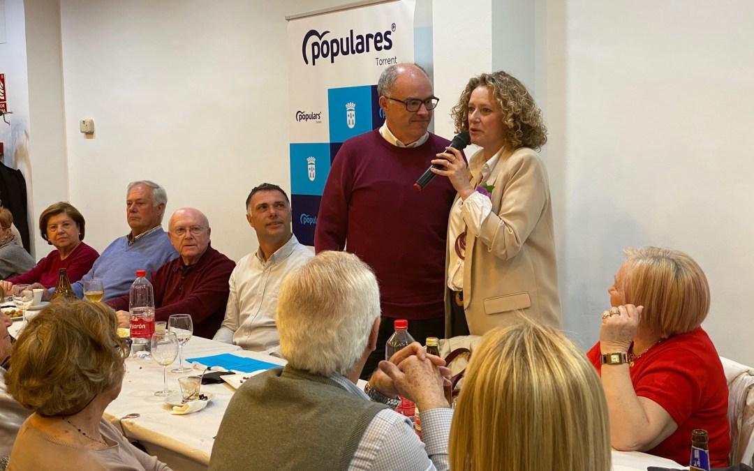 De Rosa y Folgado ensalzan las figuras de Clara Campoamor y Ascensión Chirivella en la clausura del Día de la Mujer en el PP de Torrent