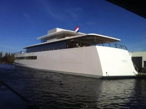 steve-jobs-yacht-venus3