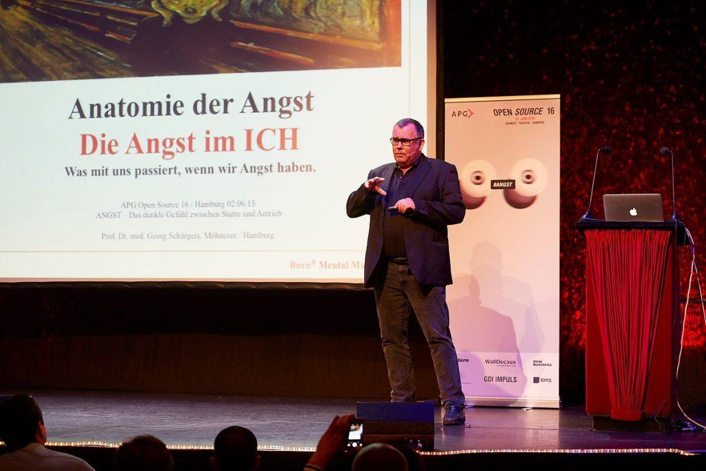 Prof. Dr. med Georg Schürgers, Open Source 2016 der APG im Schmidt Theater Hamburg am 02.06.2016