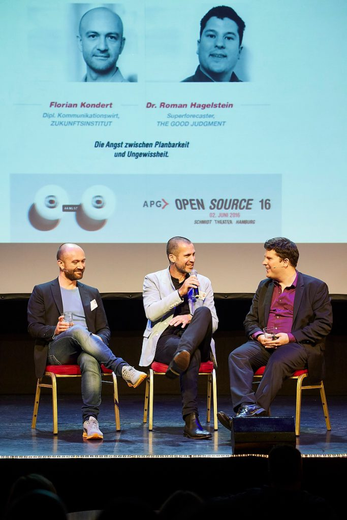 Florian Kondert, Hannes Ley, Dr. Roman Hagelstein, The Good Judgement, Open Source 2016 der APG im Schmidt Theater Hamburg am 02.06.2016