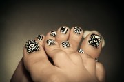 tribal nail art aphan