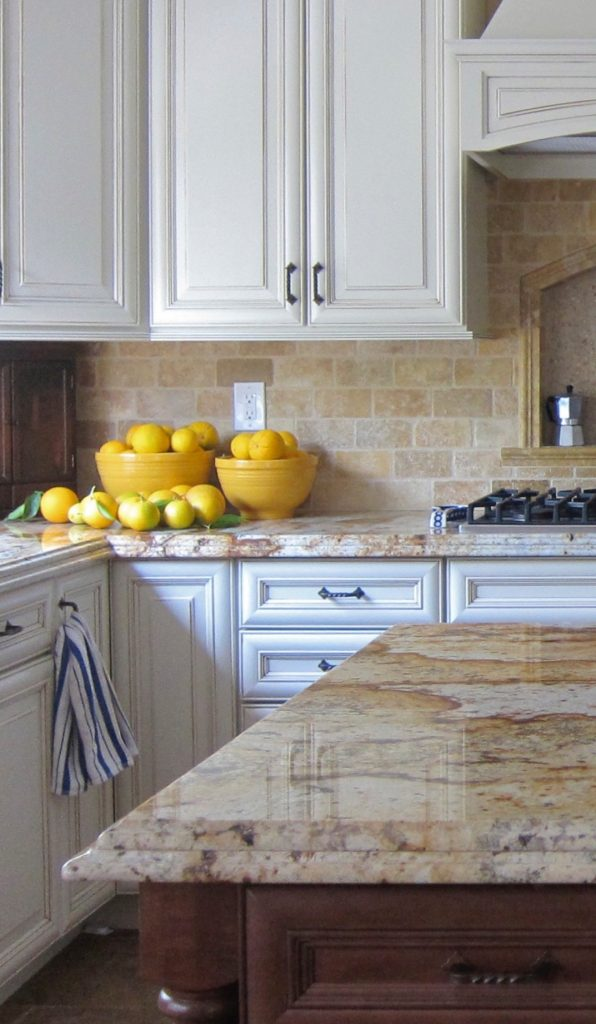 Oranges in the kitchen