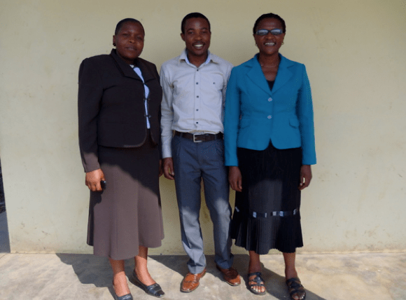 Research Assistant Nurses: Comfort Kimbi (left) from Mbingo, Glenn Mbah (centre) from Banso & Patience Nfor (right) from Mutengene