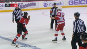 Wayne Simmonds vs. Dylan McIlrath