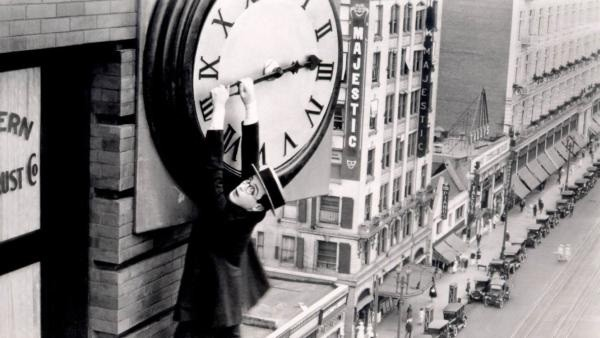 Daylight Saving Time! How to Survive the Loss of an Hour of Sleep.