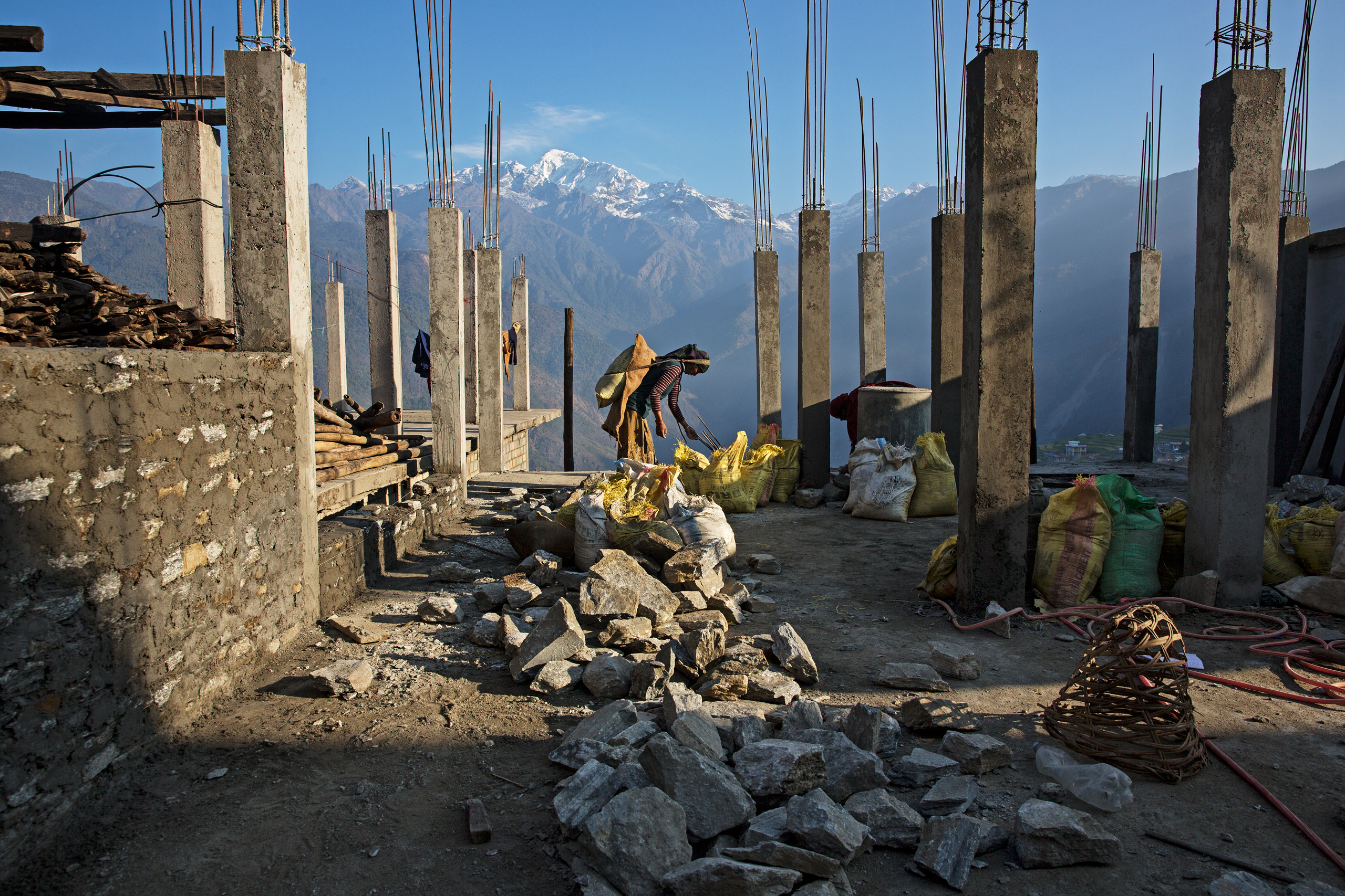 Nepal Earthquake: Rebuilding Is Slow a Year After | Time