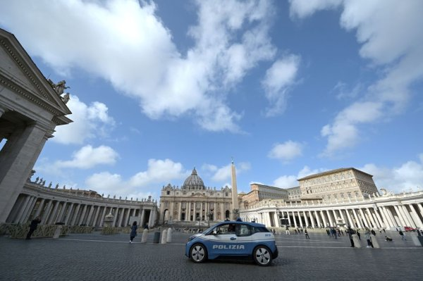 Vatican Confirms 1st Coronavirus Case as Pope Francis Recovers ...