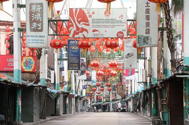 如今,吉隆坡的旅游热点茨厂街就像一个鬼城。 —洪顺显/星