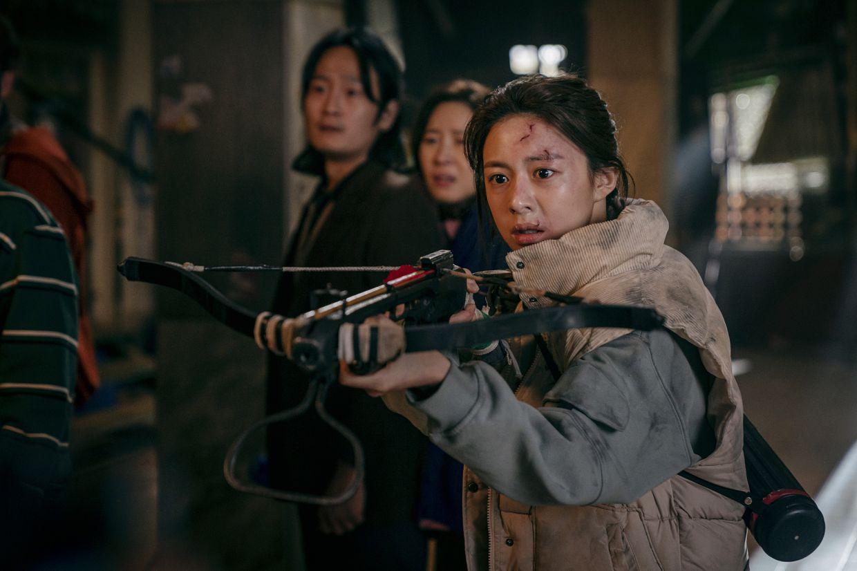 Kehidupan tenangnya segera terganggu oleh kejadian aneh yang mulai terjadi di gedung barunya. Korean Drama Sweet Home Scores A Home Run With Its Creative Monsters And Metaphors The Star