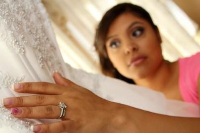 BRIDAL-PREP.BRIDES-DRESS.DESIGNER-NAIL-POLISH.A-PICTURESQUE-MEMORY-PHOTOGRAPHY.WEDDING-PHOTOS.WEDDING-PHOTOGRAPHER