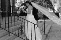 BRIDES-VEIL.WEDDING-PHOTOS.BRIDES-DRESS.BRIDES-CEREMONY-ARRIVAL.A-PICTURESQUE-MEMORY-PHOTOGRAPHY