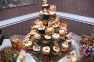 weddingengagementparty_desserts_cupcakes
