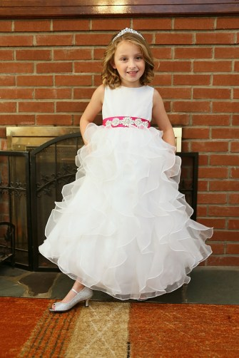 #njwedding, #weddingphotos, #flowergirl, #pomptonlakesnjwedding