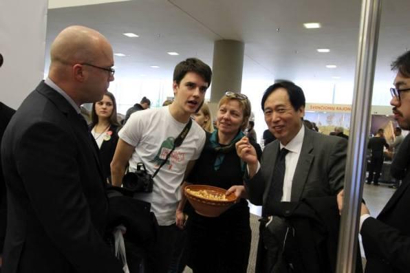 Japonijos ambasadorius žadėjo atvažiuoti į Kaišiadoris